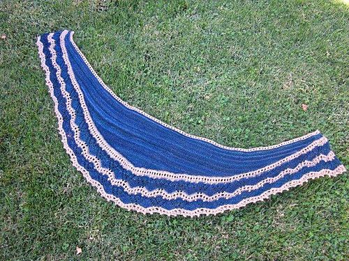 Ravelry: Project Gallery for Djoser Shawl pattern by Cassie Castillo