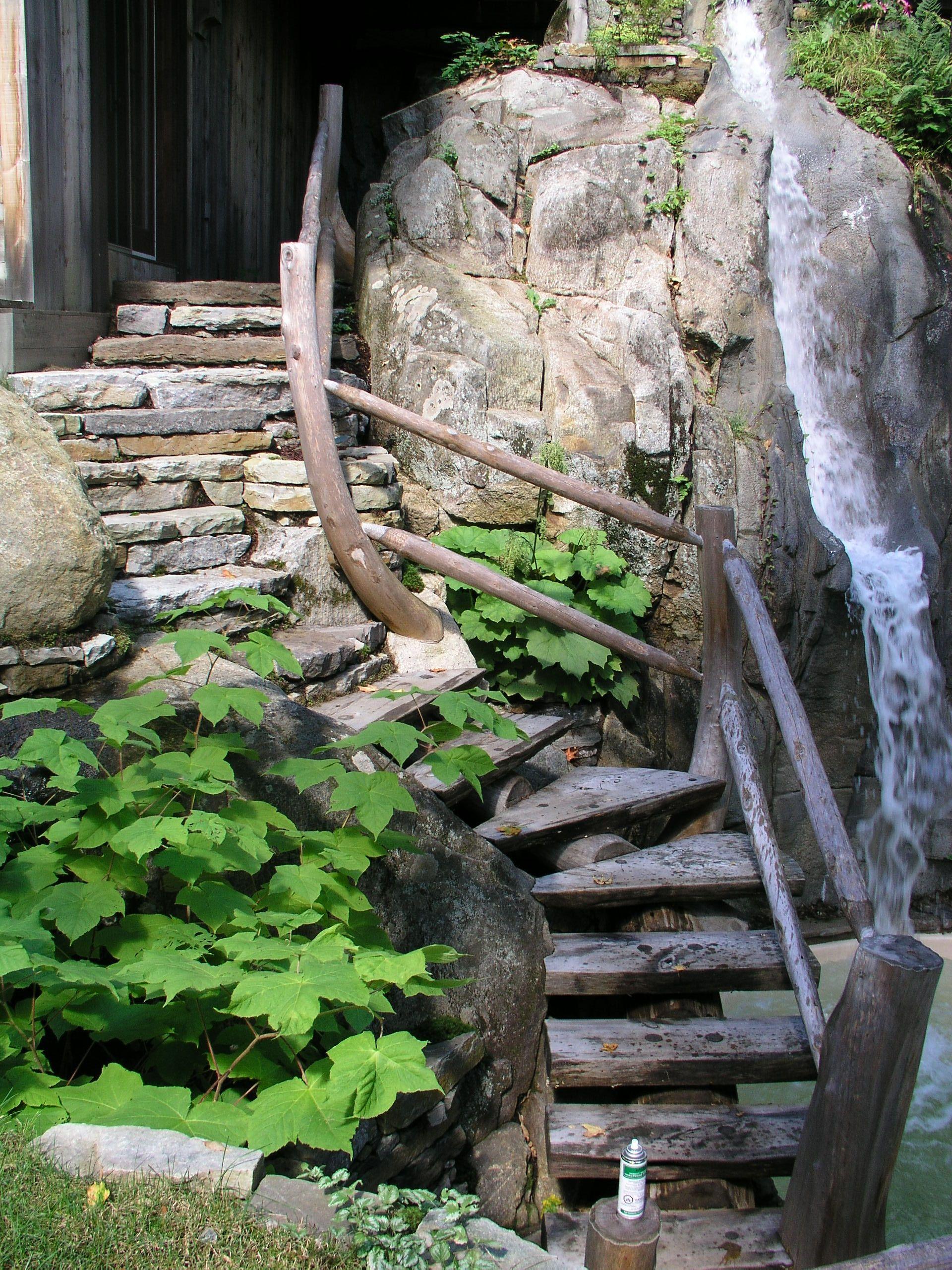 ce projet d 39 escaliers unique nous a demand de travailler le bois pour le d but de cet escalier. Black Bedroom Furniture Sets. Home Design Ideas