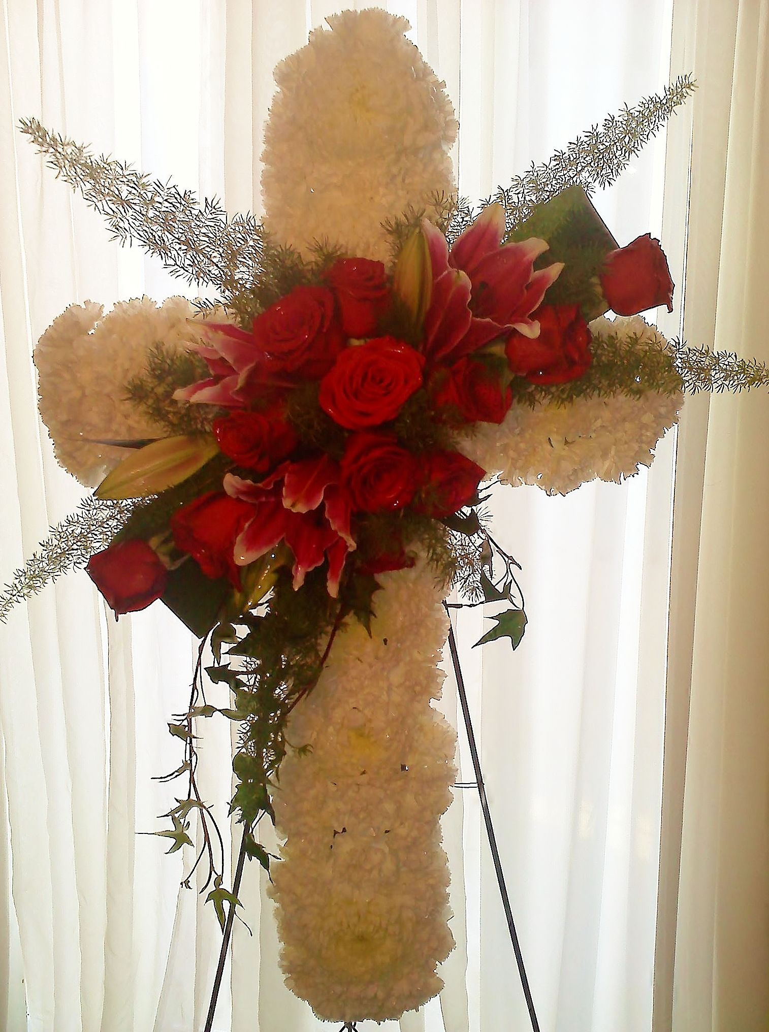 Fantasy flowers more sympathy cross funeral arrangements fantasy flowers more sympathy cross izmirmasajfo Image collections