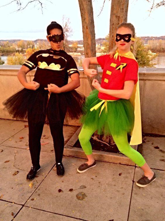 100 Cutest DIY Couples Halloween Costumes Ideas - Ethinify #couplehalloweencostumes 100 Cutest DIY Couples Halloween Costumes Ideas - Ethinify #coupleshalloweencostumeideas