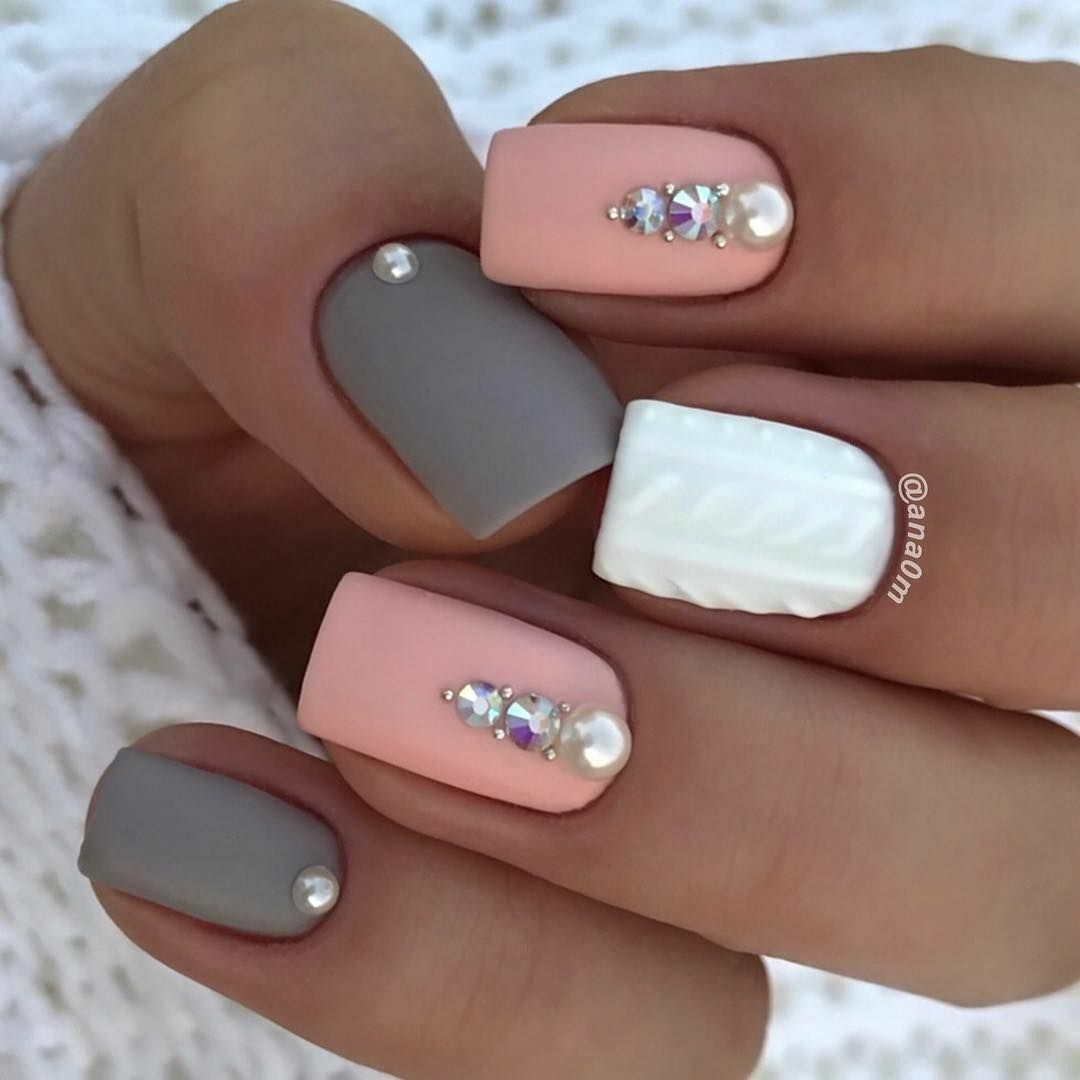 Matte Nails Nails With Rhinestones White And Gray Nails Square Acrylic Nails Matte Nails Design Rhinestone Nails