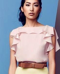 6ee5ba9af Blusa rosa con volante | roupas | ALKALMI RUHA, Blúzok e Ing