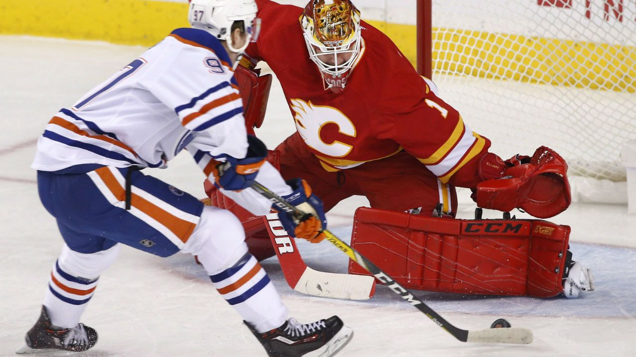 Connor McDavid lifts Oilers over Flames for 2nd straight