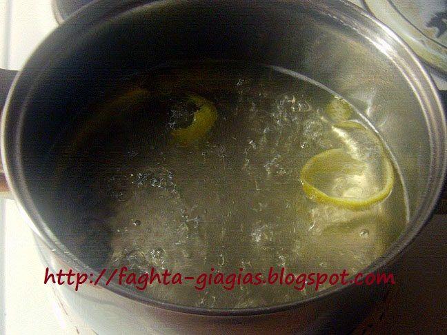 Τα φαγητά της γιαγιάς: Σιρόπι ζάχαρης για γλυκά και ποτά - πως παρασκευάζεται