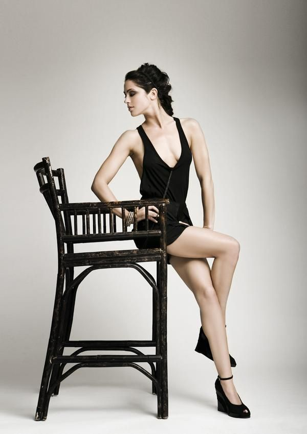 Michelle Borth Accent Legs Beautiful Actresses