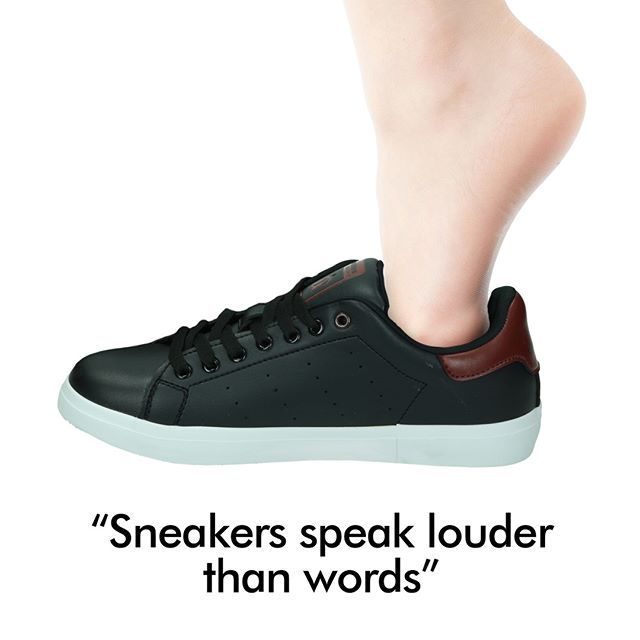 Quote Sneakers Speak Louder Than Words Lihat Satu Persatu