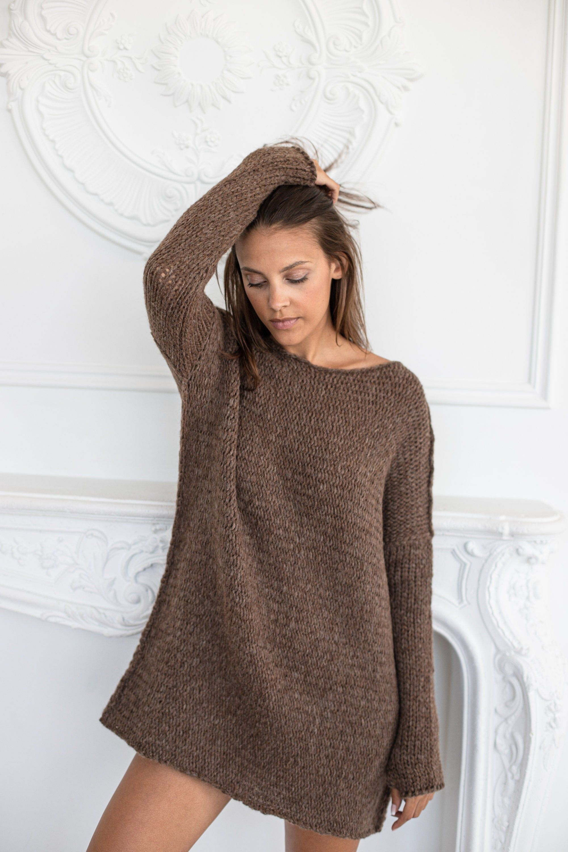 Oversized Chunky knit woman Alpaca sweater. Brown knit