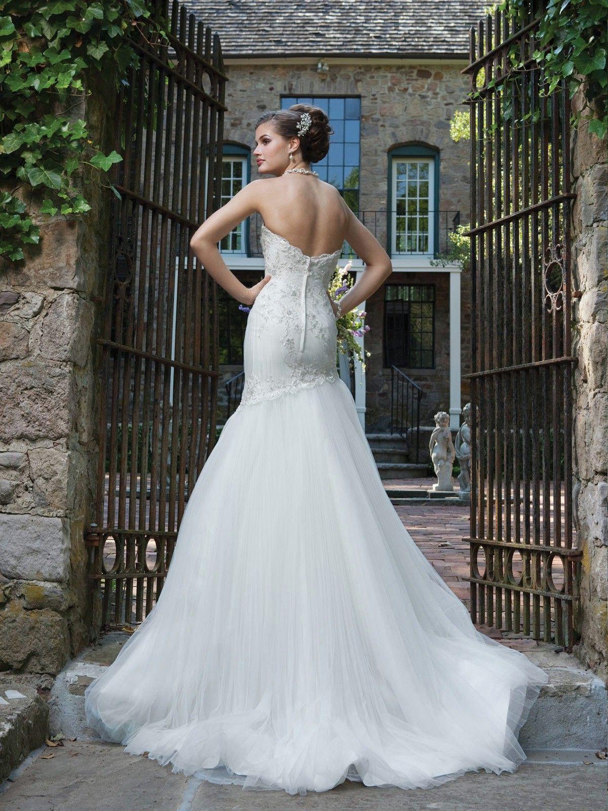lovely mid back halter wedding dress   Wedding Dresses   Pinterest ...