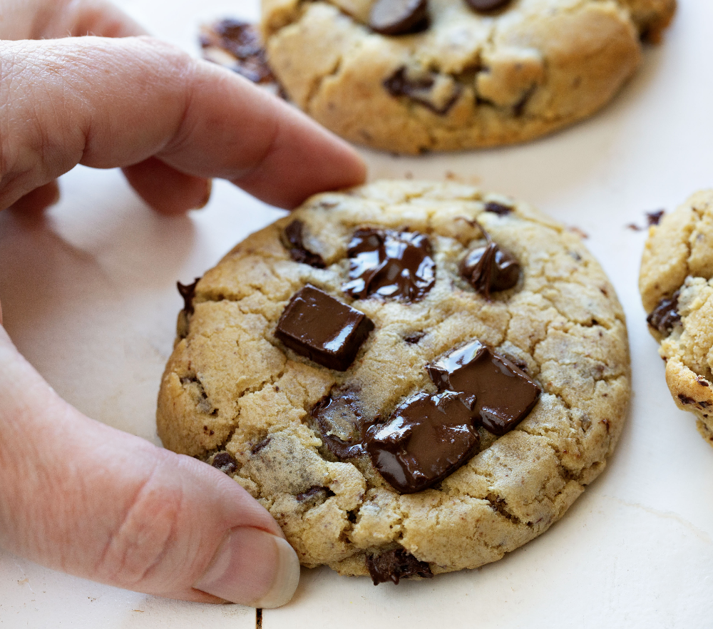 Chocolate Chip Cookies In 2020 Homemade Chocolate Chip Cookies Recipe Cookies Recipes Chocolate Chip Chocolate Chip Cookies