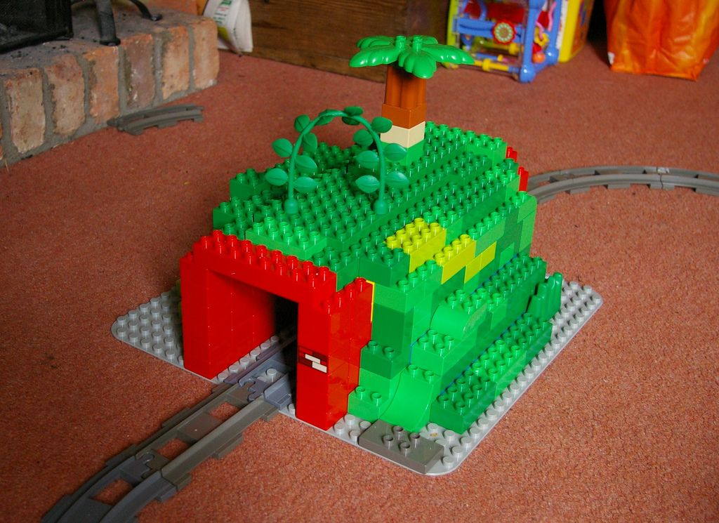 duplo tunnel lego lego duplo and activities. Black Bedroom Furniture Sets. Home Design Ideas