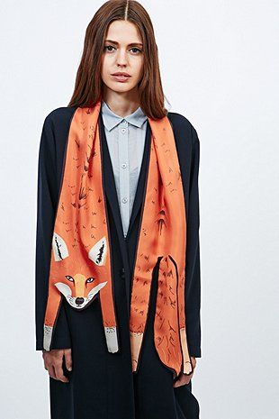 Cleo Ferin Mercury Fox Scarf in Orange - the one that got away Fingers crossed that Cléo brings back some foxes.
