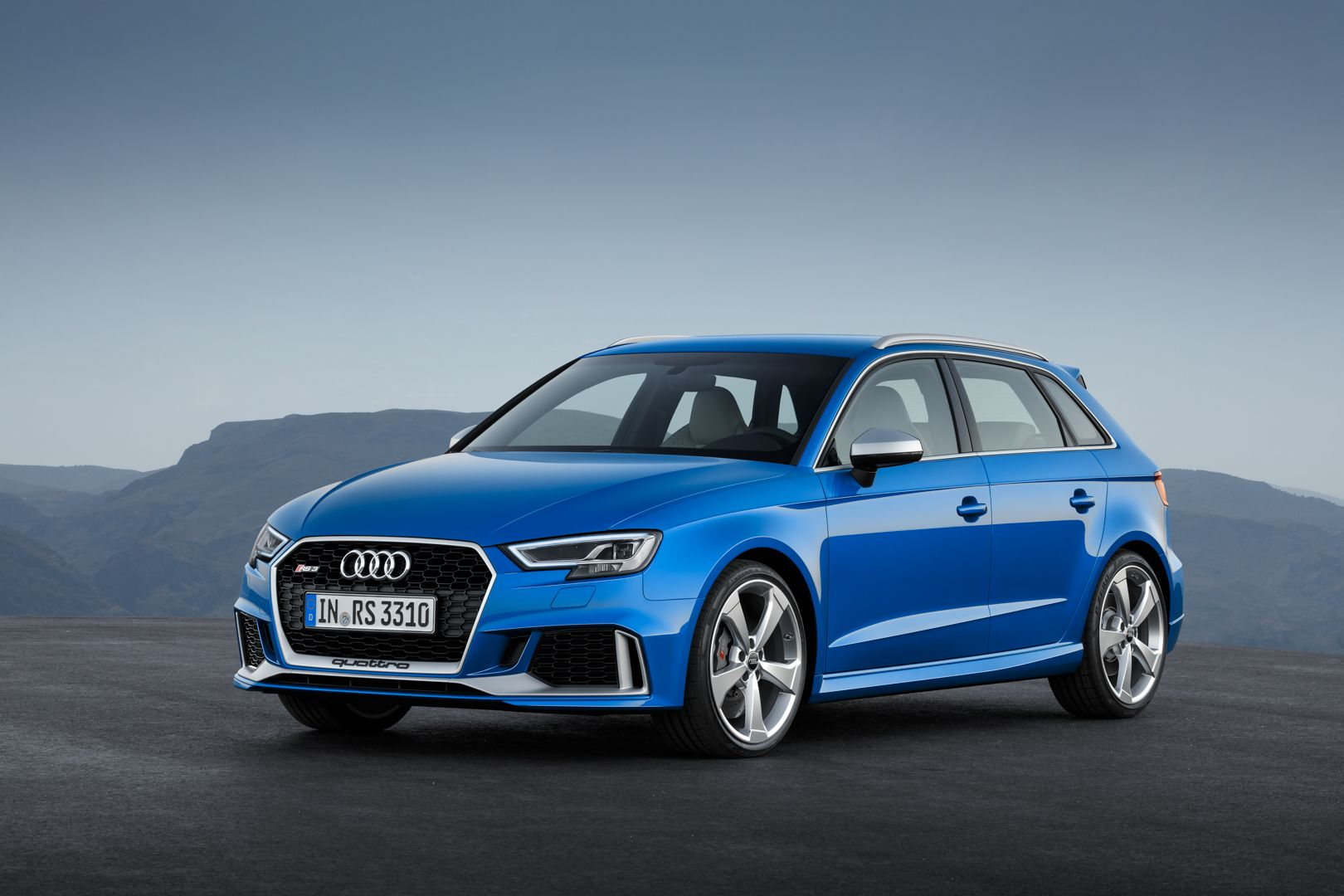Video Audi Rs3 Sportback Takes On Some Rivals In Carwow Drag Race In 2020 Audi Rs3 Best Small Cars Audi Rs