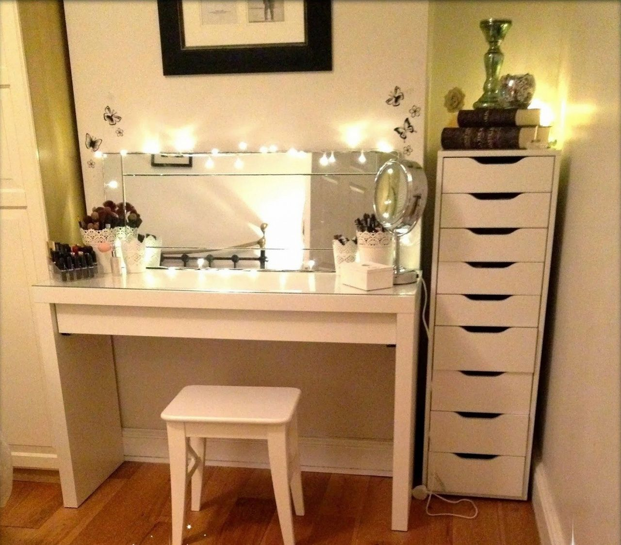 Makeup Vanity For Small Spaces Gallery Of Ideas Intended Dresser Bedroom Part