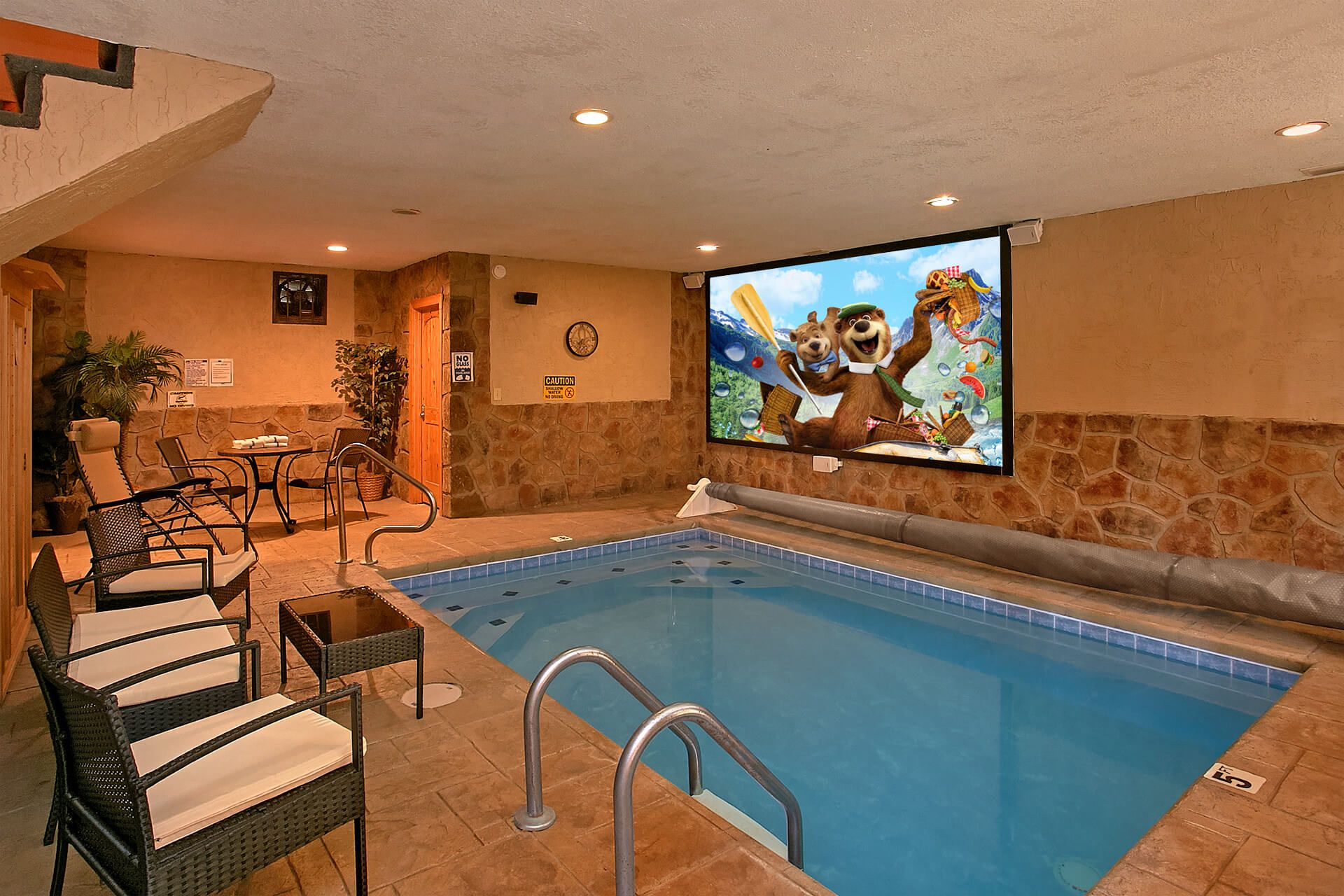 Skinny Dippin Cabin With Pool And Theater Indoor Pool Design Small Indoor Pool Luxury Swimming Pools