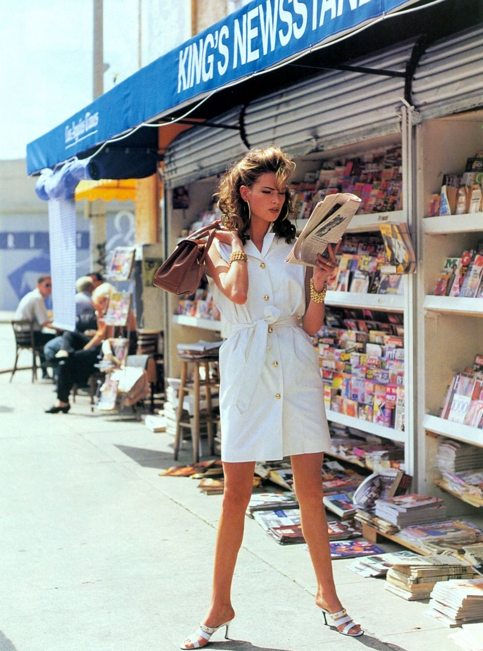 Vogue US, early 90s,  Photographer : Pamela Hanson,  Model : Meghan Douglas