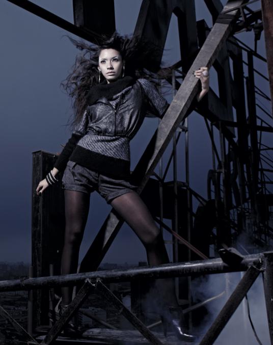 Moda en los techos del Centro de Lima - Revista J #fashion #night #black #glam #girl @centrodelima