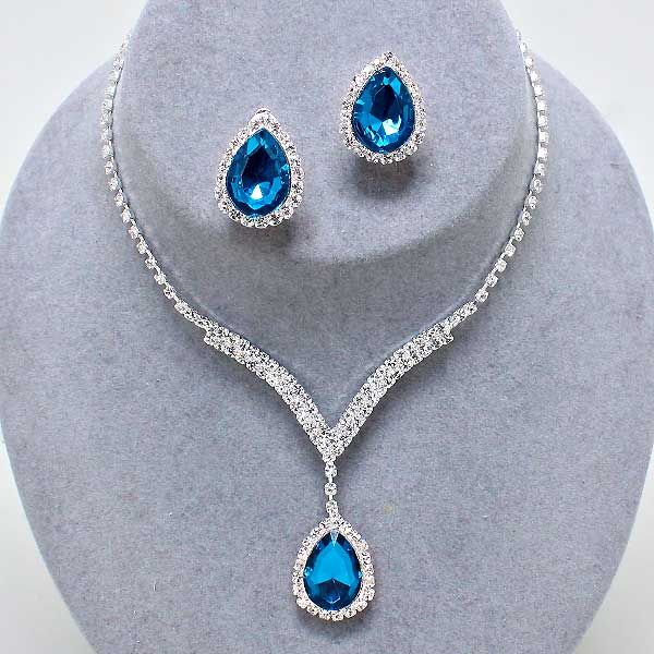 Teal diamante crystal necklace set with clip on earrings (available in other colours) from WWW.GlitzyGlamour.co.uk