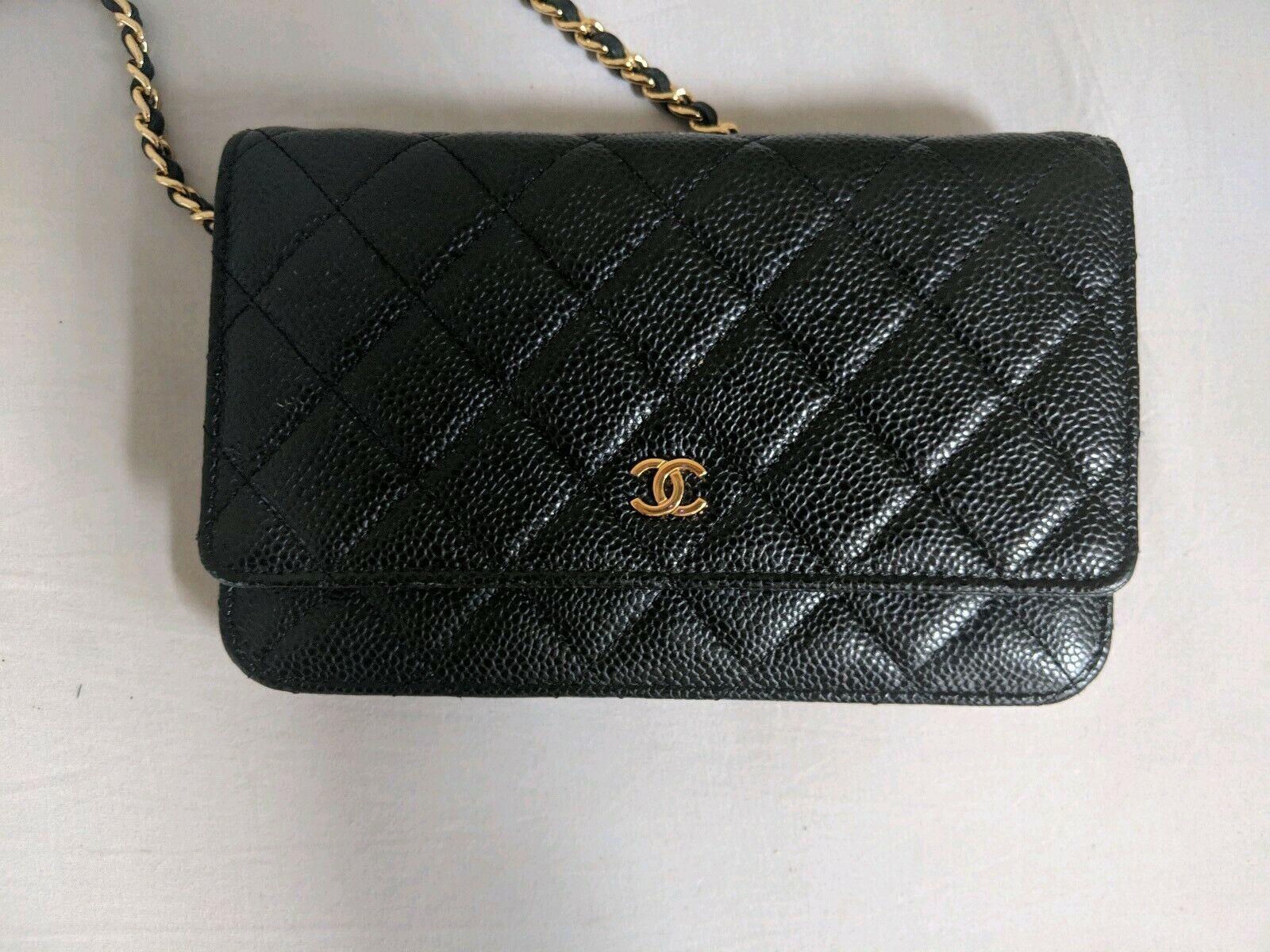 chanel card wallet caviar
