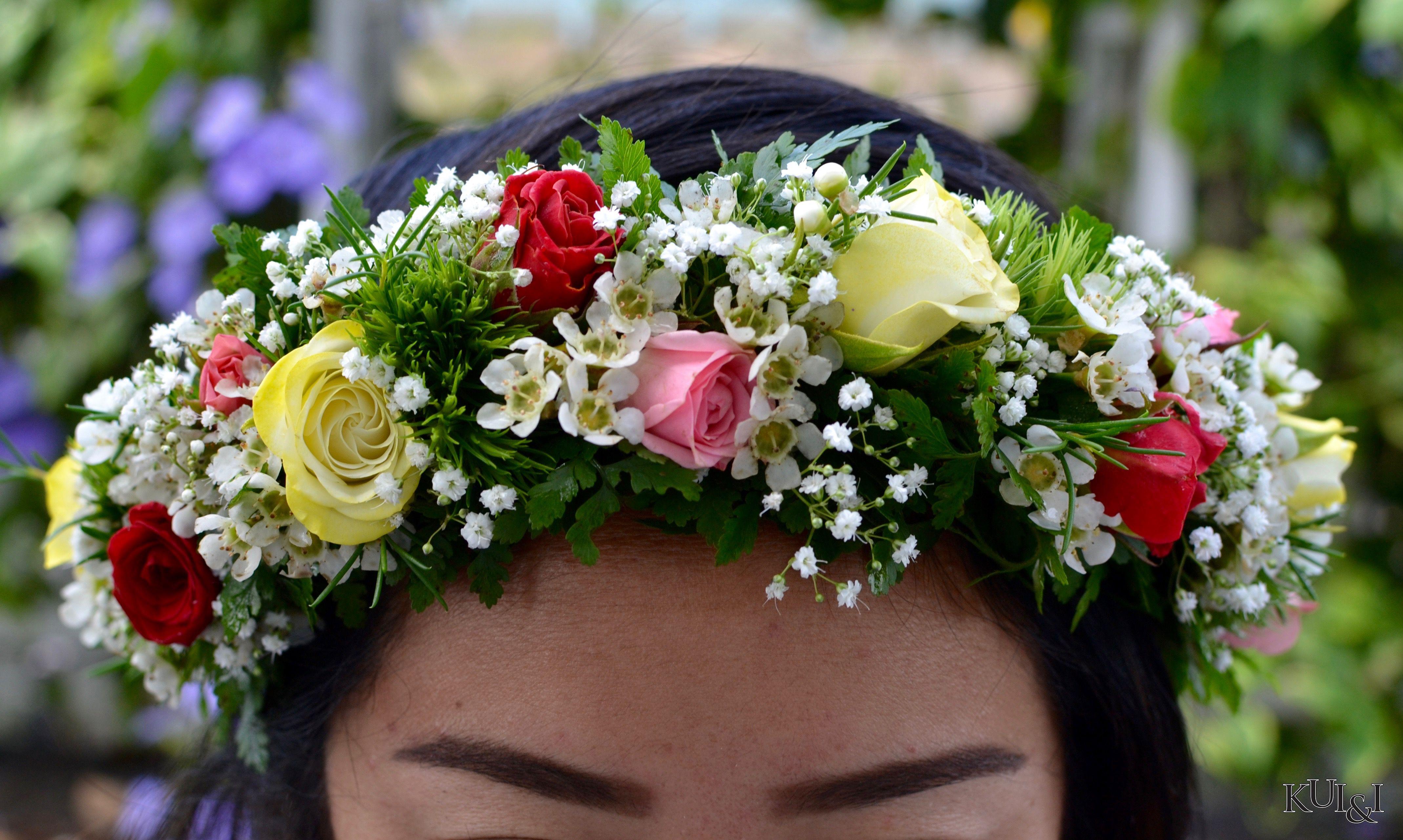 Multicolored Rose Haku Headpiece Kui Amp I Florist Llc Hilo