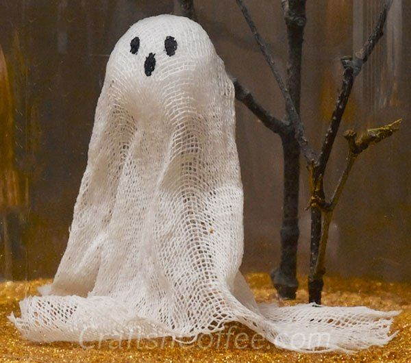 DIY-a-Cheesecloth-Ghost