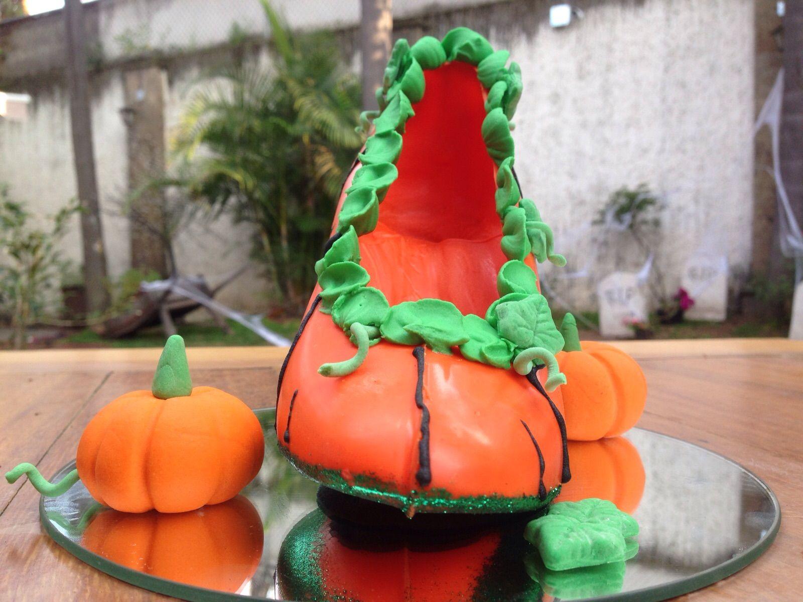 COSECHA DE OTOÑO en Monster Rose. Zapatillas de chocolate especial de Halloween. www.lamansionrosa.com