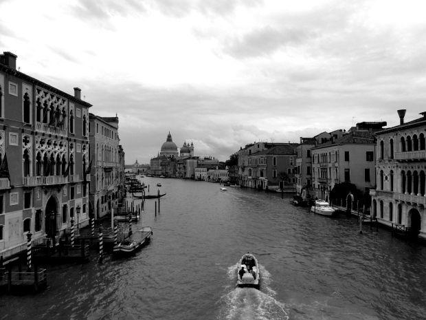 Canale Crande in Venedig via www.outandindoor.wordpress.com