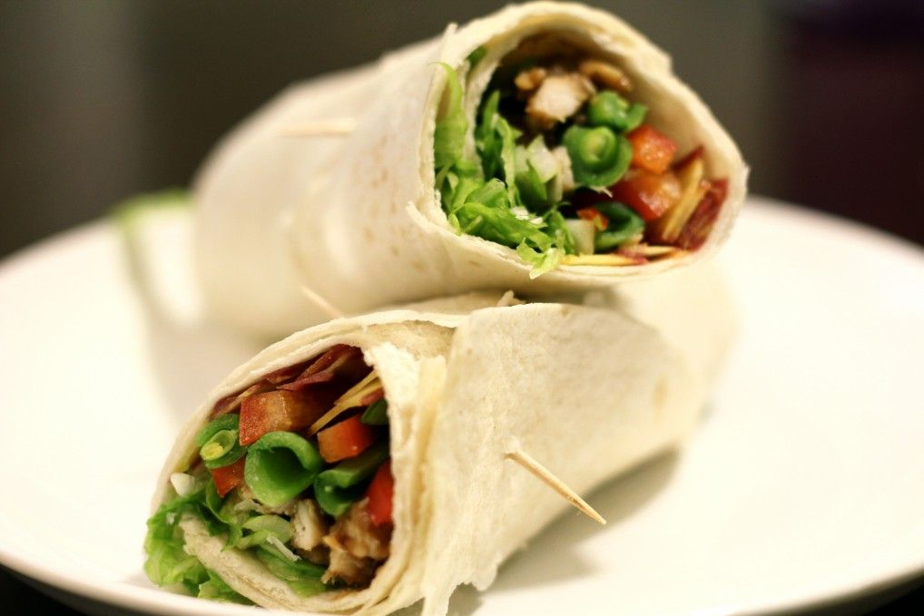 Thai Peanut Chicken Wraps | Quick and delicious peanut chicken wrap for an easy lunch!