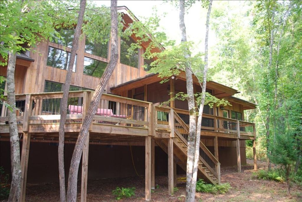 Cabin 3 Bedrooms Loft 4 5 Baths Sleeps 12 292 Avg Night Dahlonega Amenities Include Hot Tub Air Condition Cabin Open Living Room Georgia Cabins