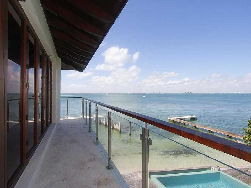 HARBOUR POINT HOME, KEY BISCAYNE