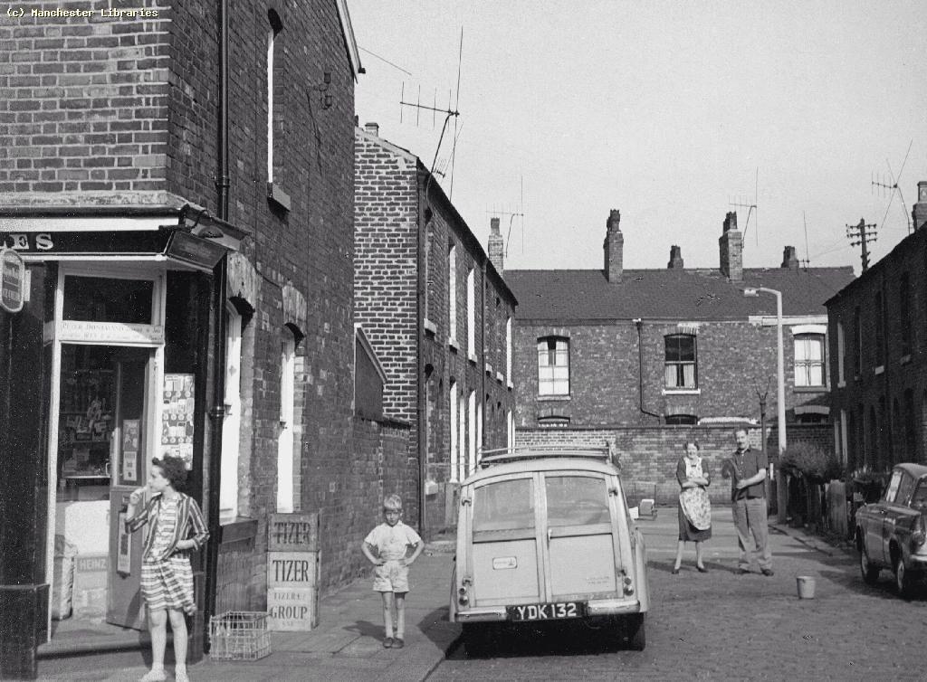 Rigg Street Gorton Manchester Lancashire where I lived as ...