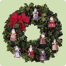 2004 SANTA - DISPLAY WREATH   Hallmark Ornaments   Holiday crafts christmas, Christmas card ...