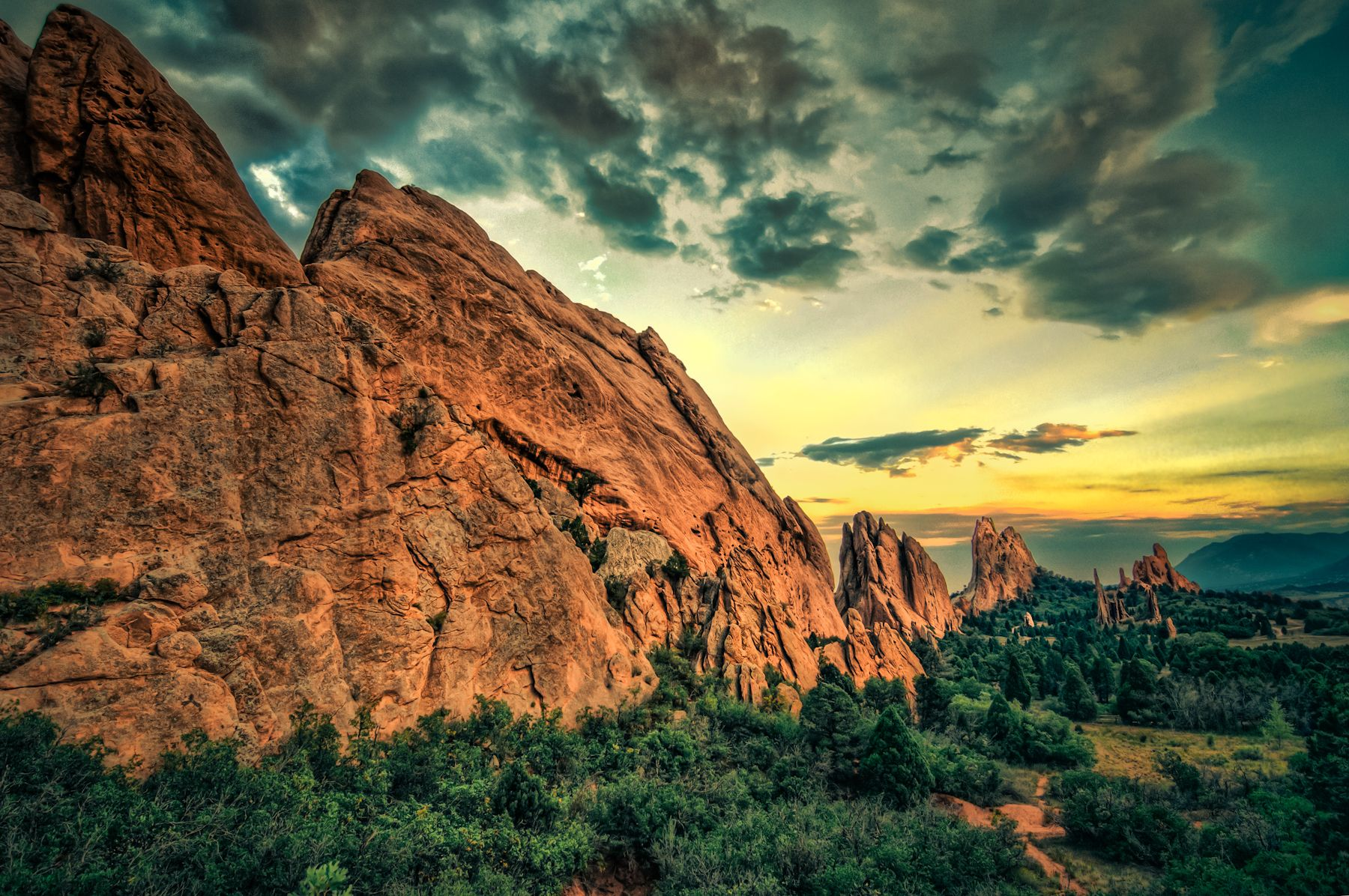 Garden of the Gods Park was named #1 Park in the US and #2 Park in ...