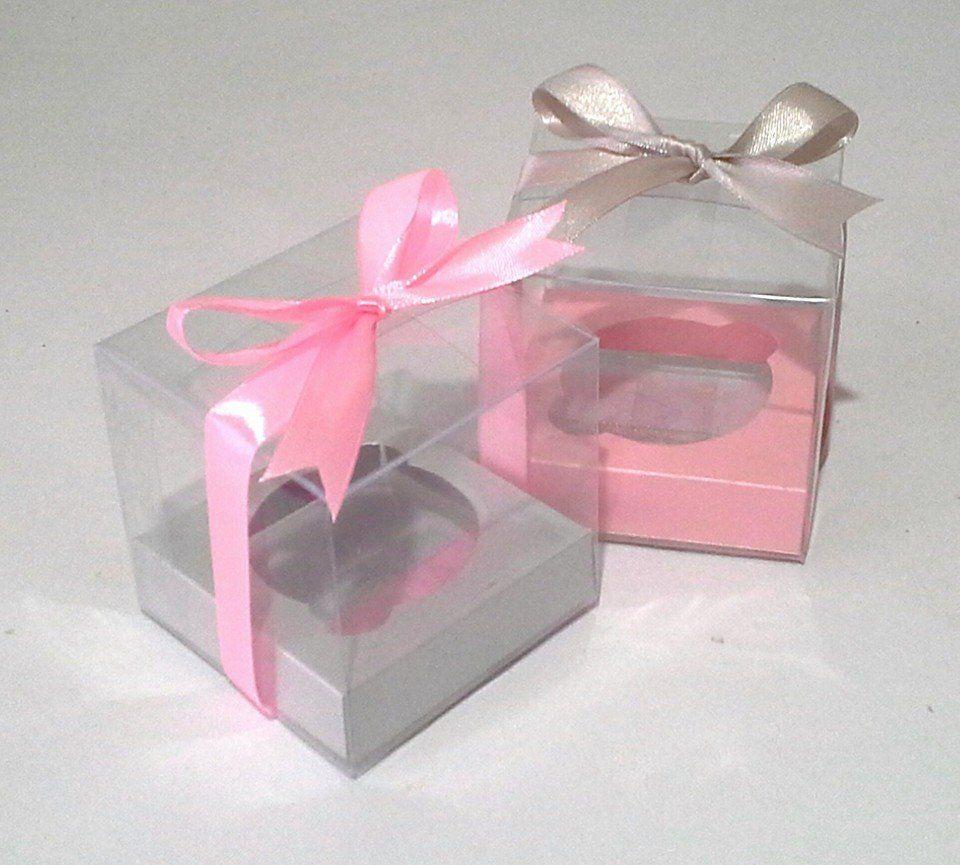Caja de acetato con base de papel satinado adornos para for Cajas de carton decoradas