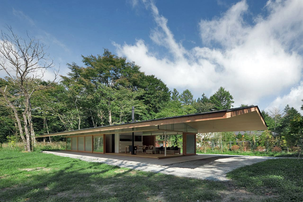 Best Pitched Roof House Japan House Roof Roof Architecture Architecture 400 x 300