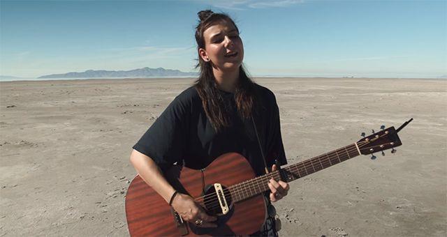 Of Monsters and Men acústico no deserto : Música Pavê