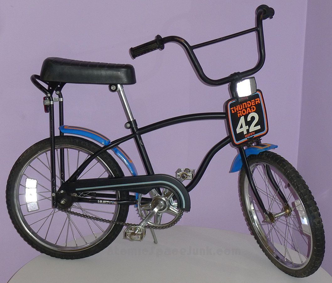 Huffy Thunder Road Bmx Bike Bicycles Bmx Bikes Banana Seat Bike