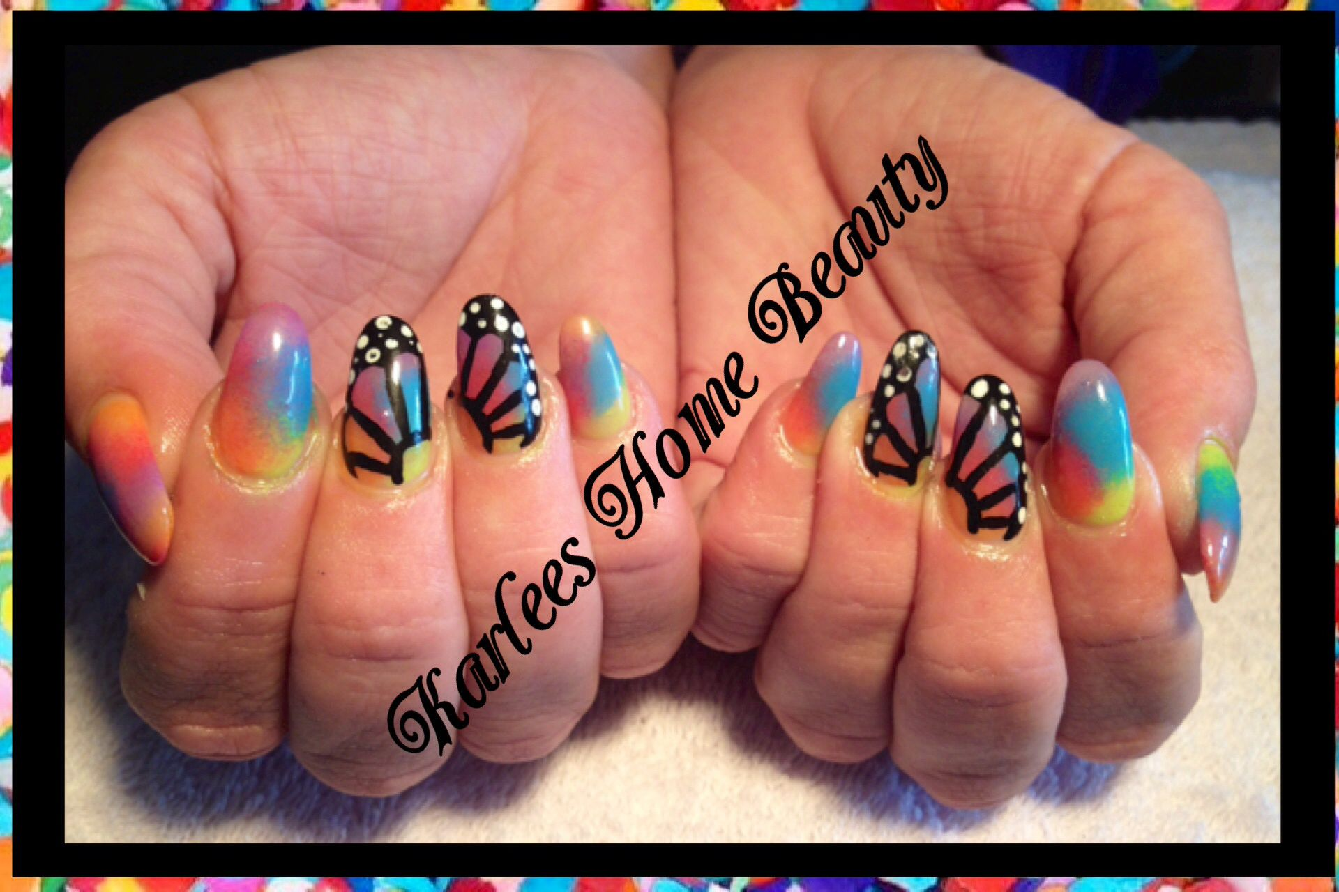 I love these nails! Acrylic nails with sponging using @kleancolor ...