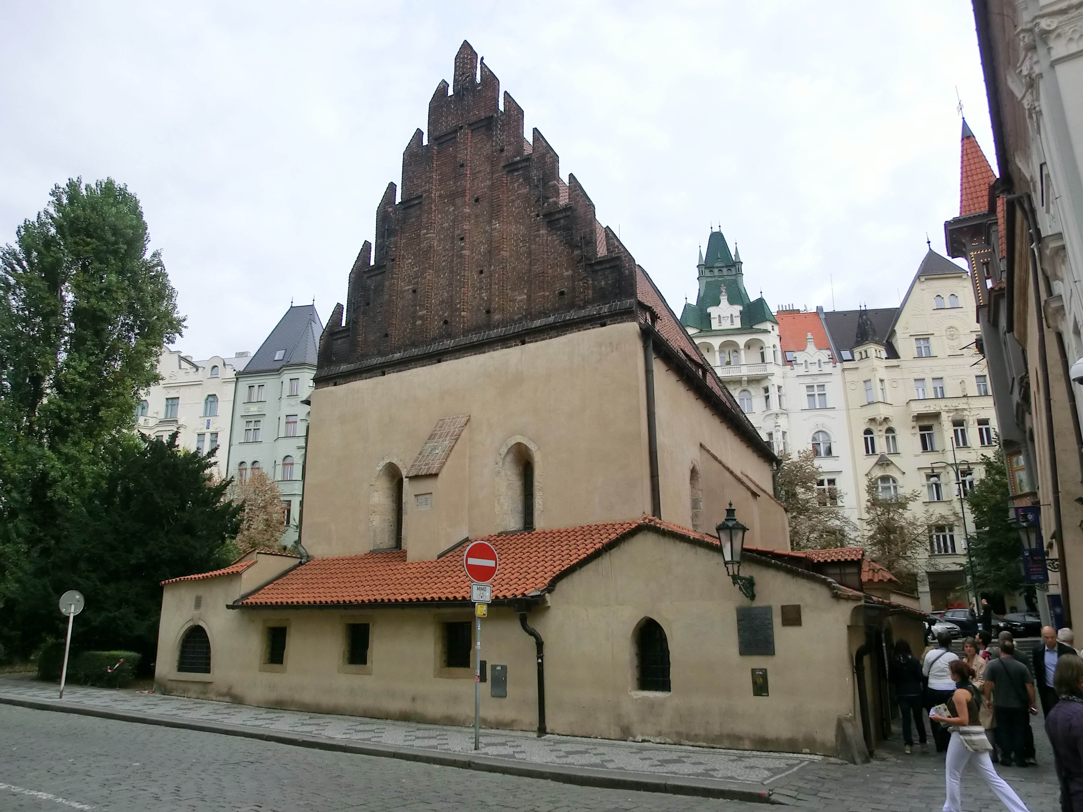 Praga - La sinagoga Staronova nel quartiere ebraico