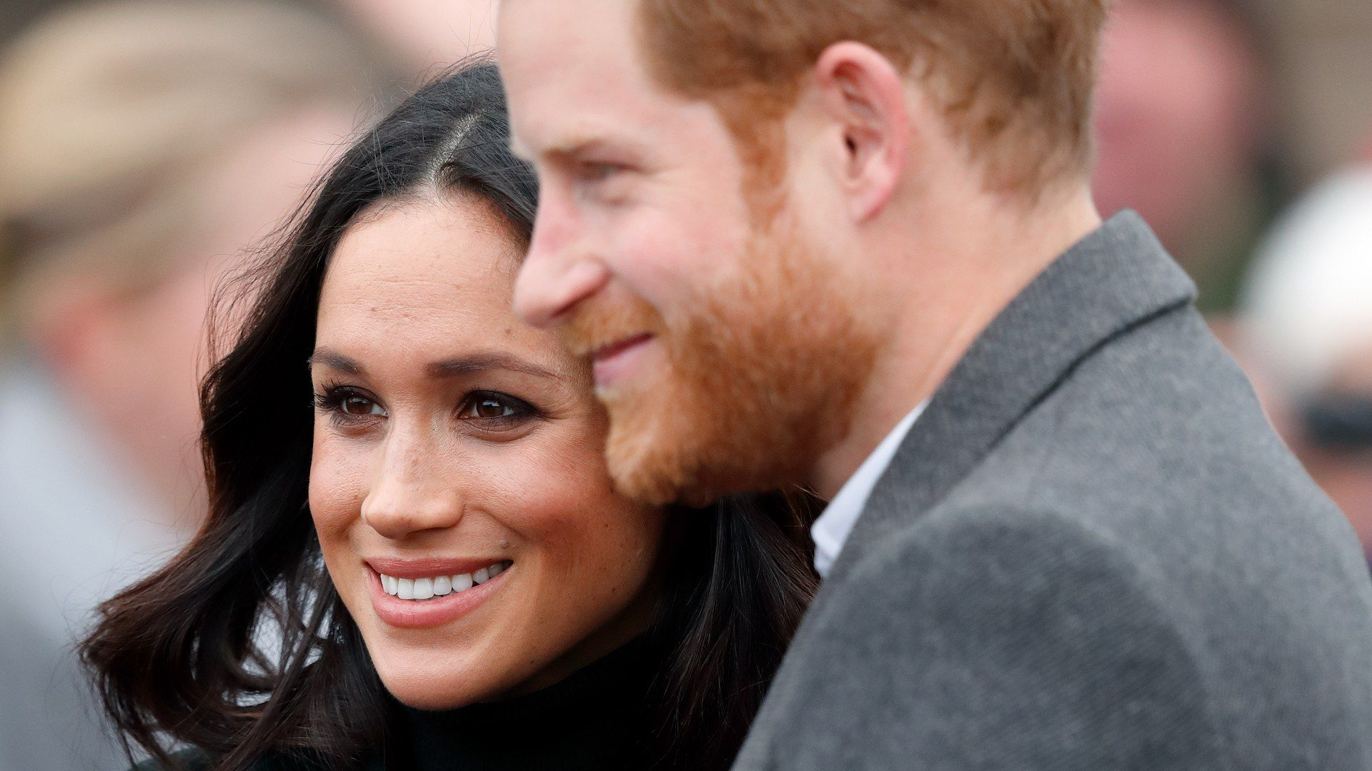 Sussex Gmbh So Konnten Prinz Harry Und Meghan Markle Zukunftig Geld Verdienen Prinzessin Beatrice Meghan Markle Prinzessin Eugenie