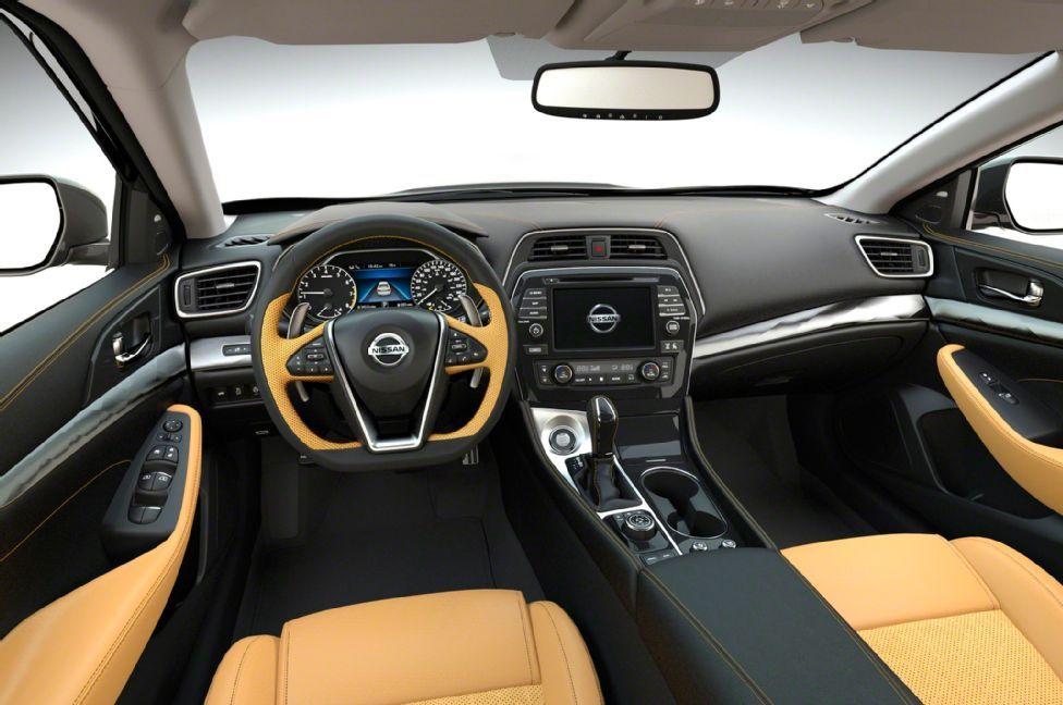 2016 Maxima Interior >> 2016 Nissan Maxima Has A Beautiful Interior And A Sleek Exterior