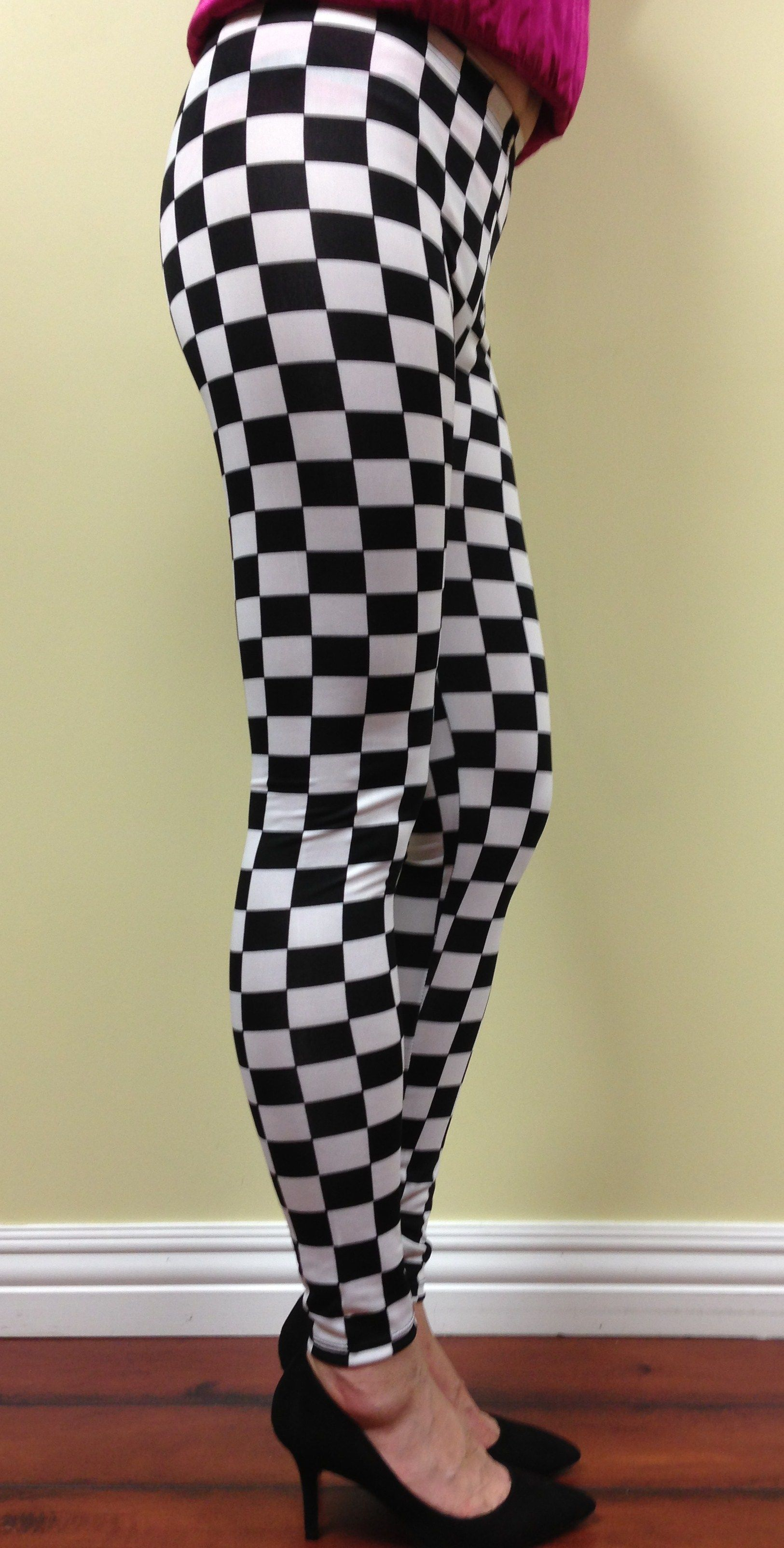9c3447a6ebee2 High waist black n white checkered leggings. Knit. One size | All ...