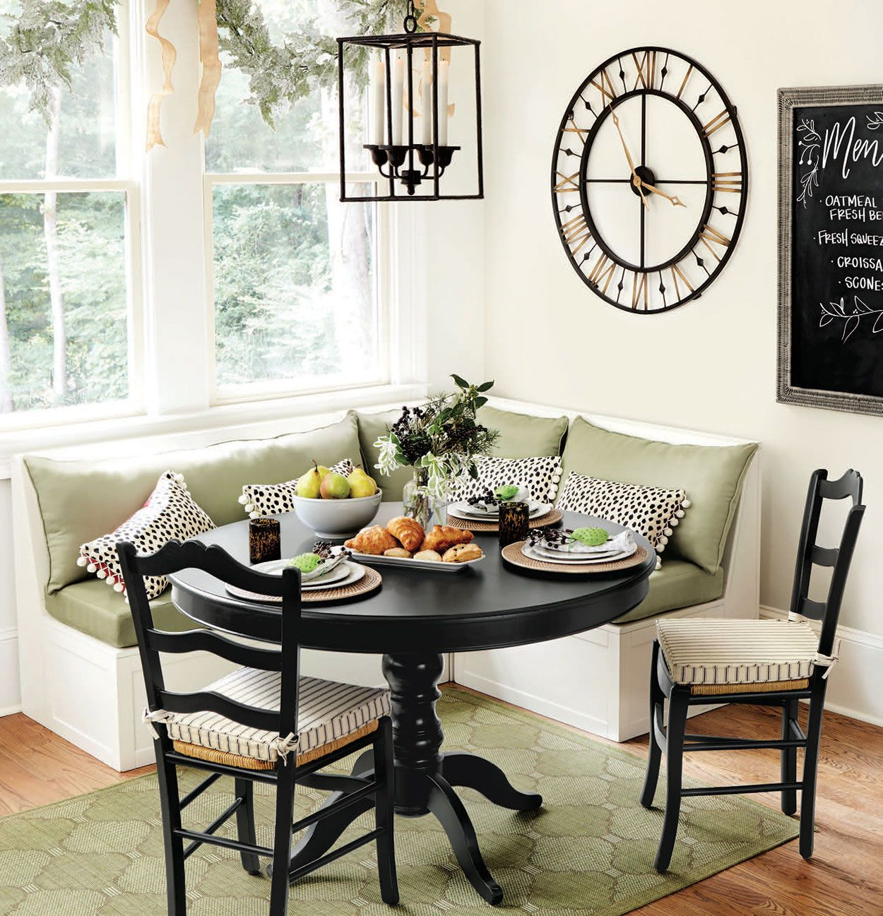 Dining rooms extra seating banquettes and kitchens for Kitchen come dining room ideas