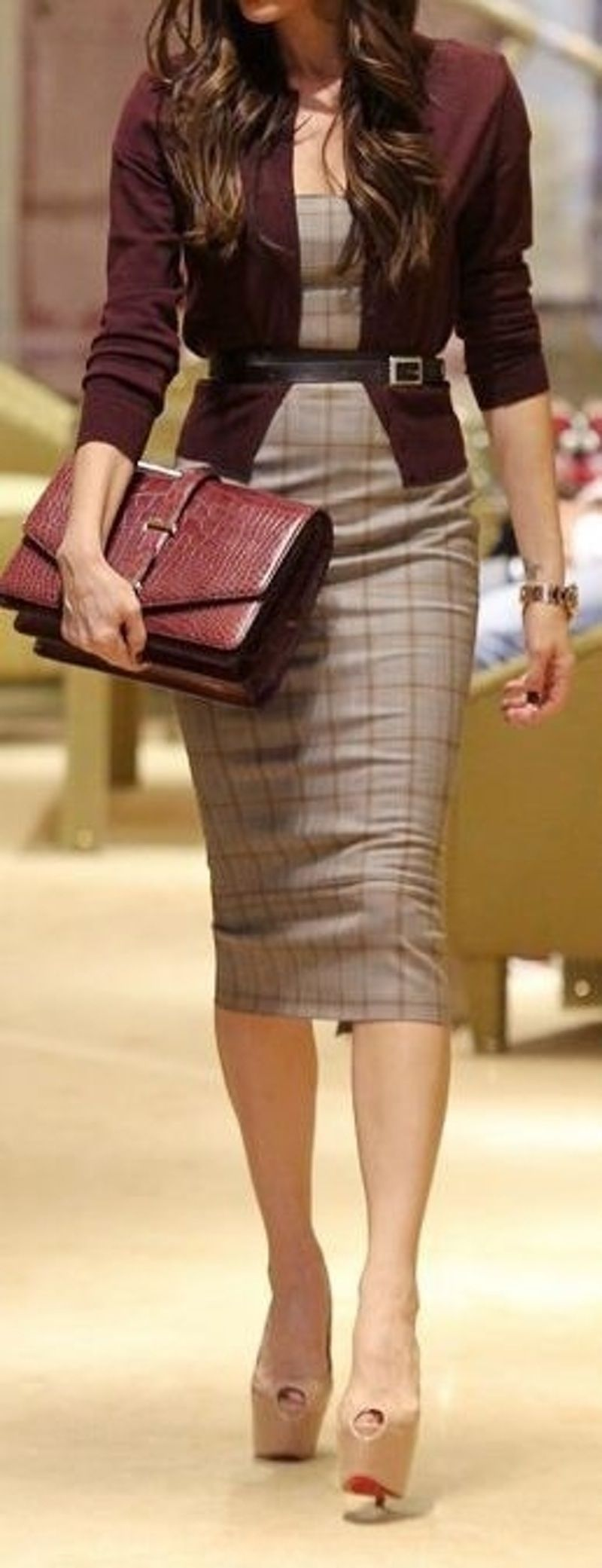 2. Belted Dress - 44 Professional and Sophisticated Office Outfits You Will Love