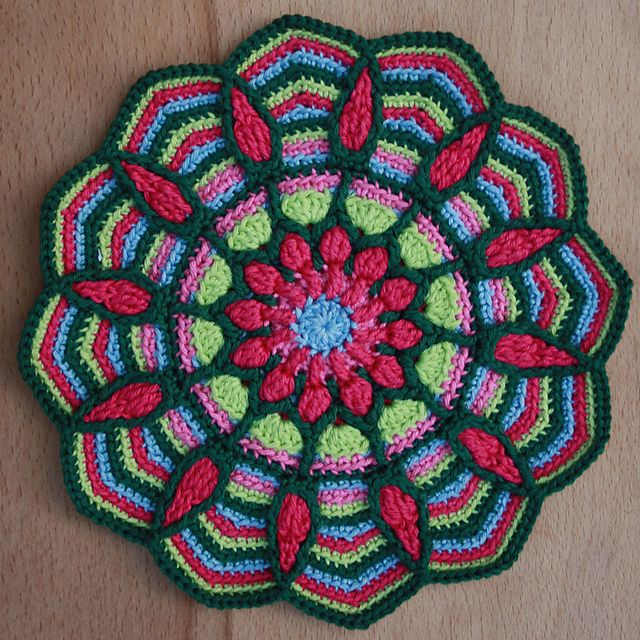 Potholders in Overlay crochet pattern by CAROcreated design ...
