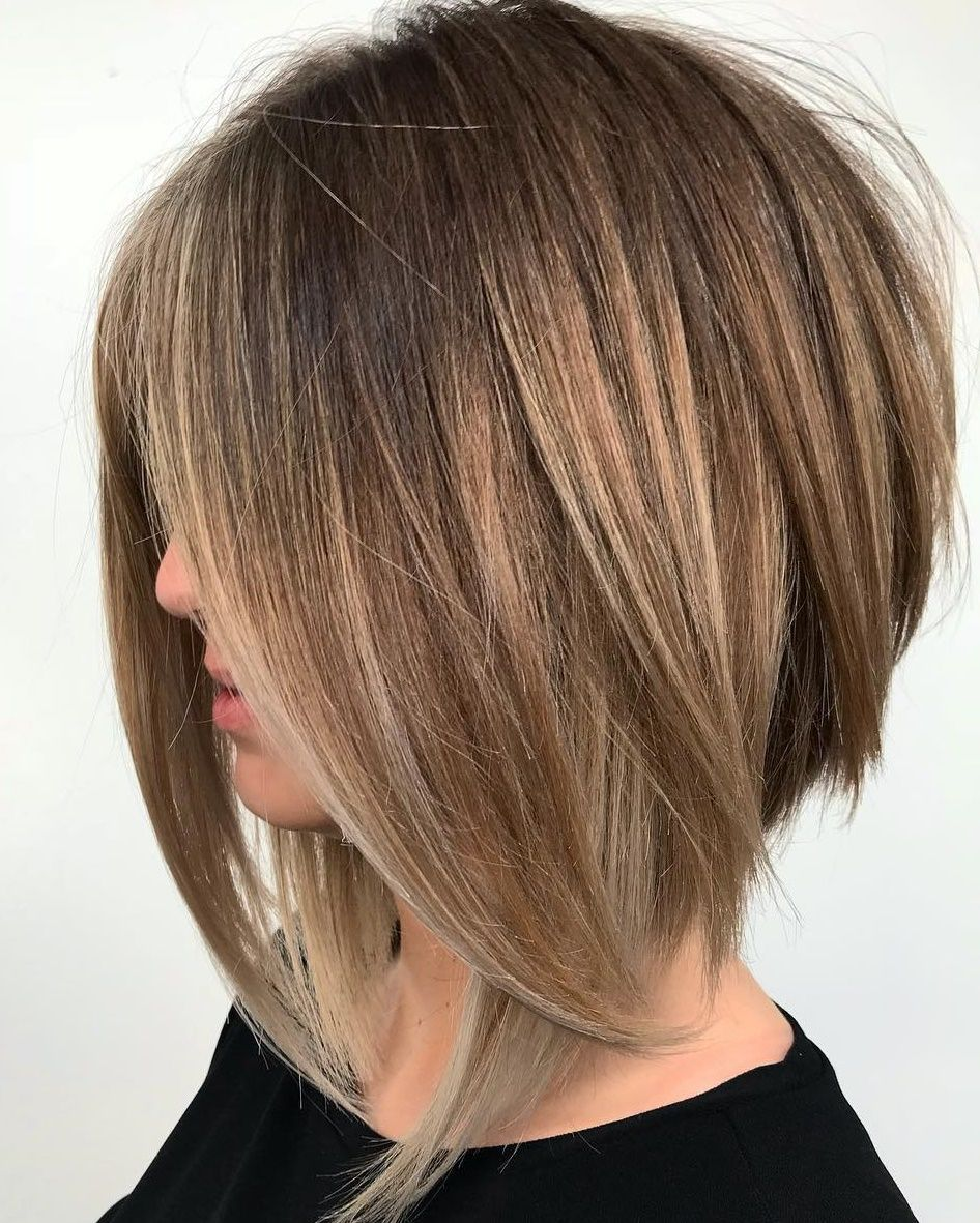 25 Fresh Medium Length Hairstyles for Thick Hair to Enjoy in 2020 in 2020 |  Haircut for thick hair, Angled bob haircuts, Angled bob hairstyles