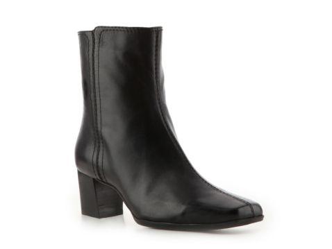 Nine West Solset Leather Bootie