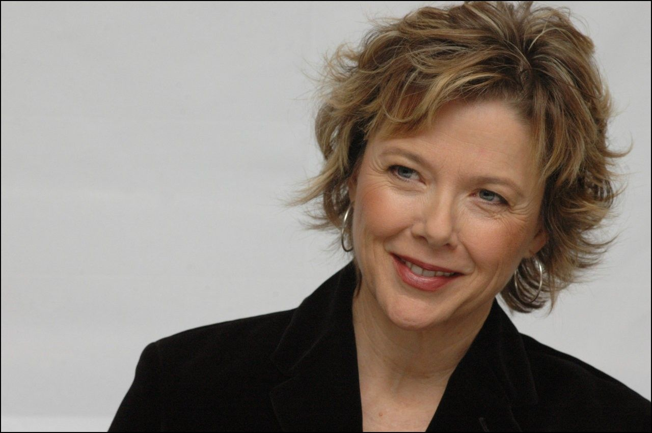 Bowl cut haircut men annette bening haircuts  hairstyles ideas  pinterest  annette