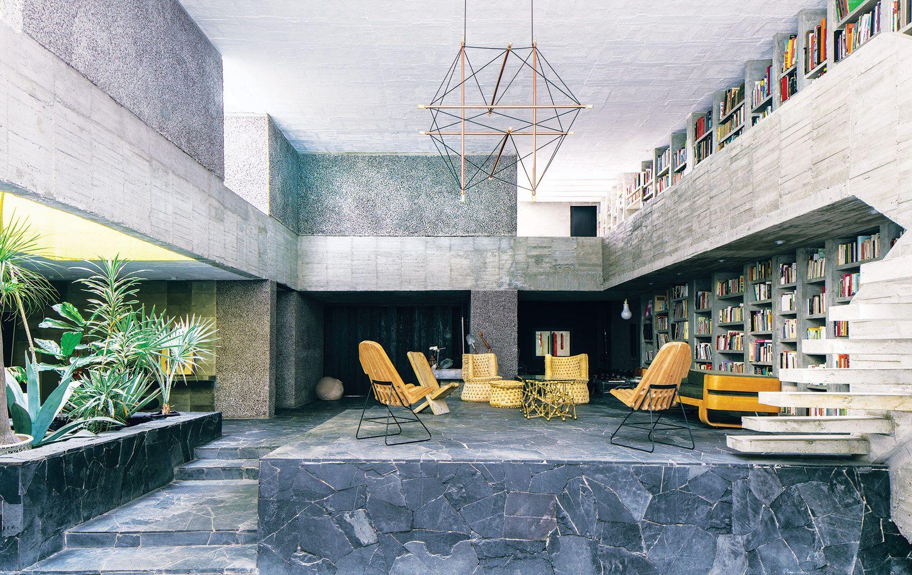 Casa de Pedro Reyes en México - Inspiración brutalista | Galería de fotos 1 de 11 | AD MX