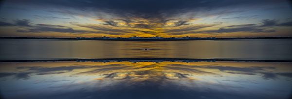 Puget Sound Sunset Reflextion by Pelo Blanco