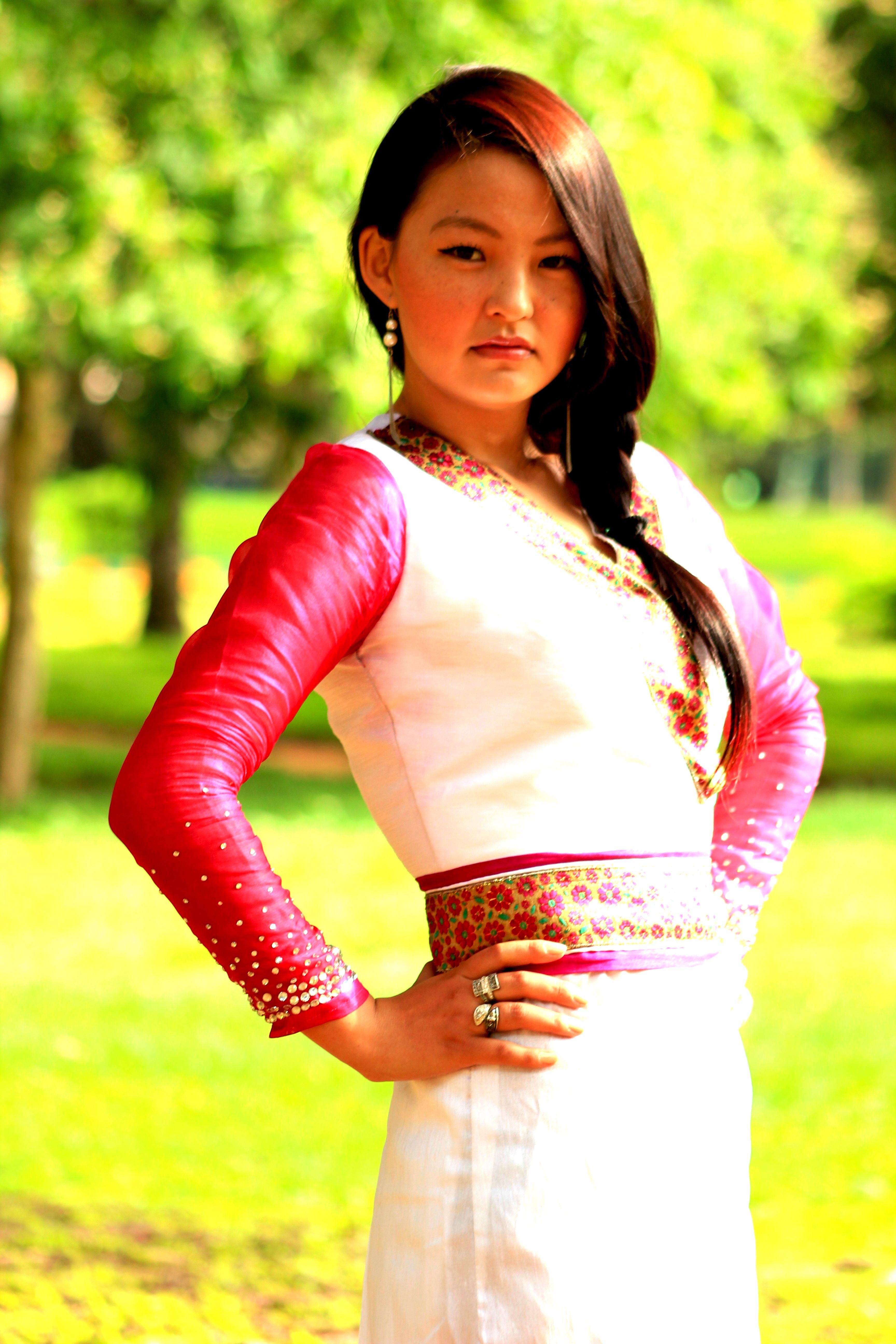 Tibetan dress chupa